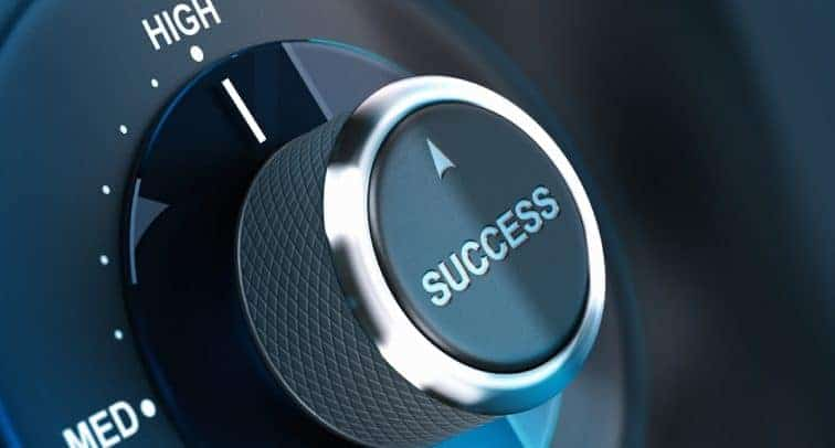 BE A SUCCESSFUL DJ